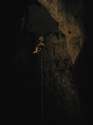 Huw Durban ascends The Lost Crusade pitch - 22m